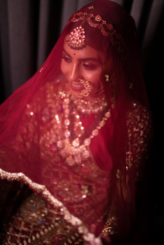 bridal veil goals | Stunning Gujarati Wedding