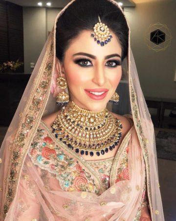 bridal necklace desings for 2020 brides | polki jewellery necklace ideas to wear at your indian wedding | choker polki necklaces for indian brides #wittyvows #polkijewllery #indianbride #2020weddings #diamondnecklaces #polkinecklaces #trendingjewllery #bridaljewllery #bridallehnga #bigfatindianwedding #destinationwedding