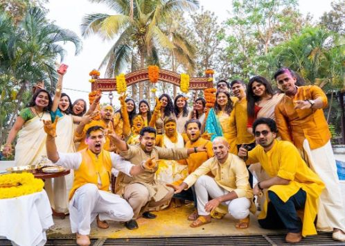 bride and groom common haldi function