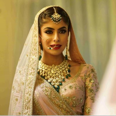 bridal necklace desings for 2020 brides | polki jewellery necklace ideas to wear at your indian wedding | choker polki necklaces for indian brides #wittyvows #polkijewllery #indianbride #2020weddings #diamondnecklaces #polkinecklaces #trendingjewllery #bridaljewllery #bridallehnga