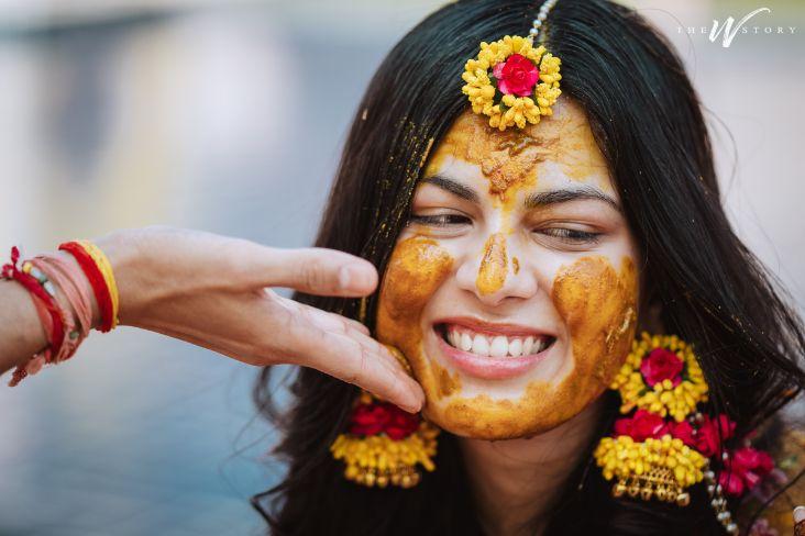 haldi ceremony | indian bride | floral jewellery