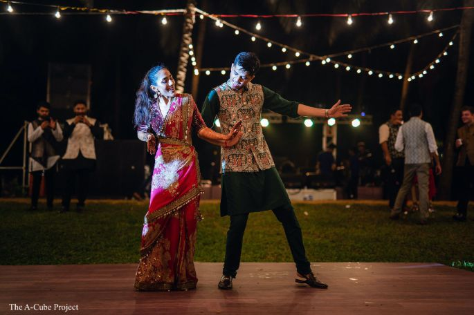 dance first | wedding in Kerala