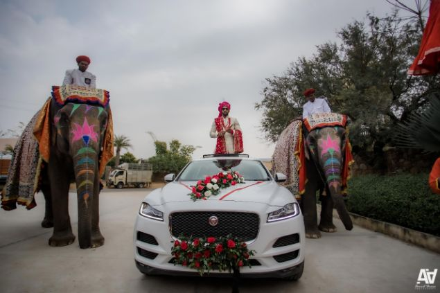 grand entry for the groom | Fab Matching Outfit Ideas