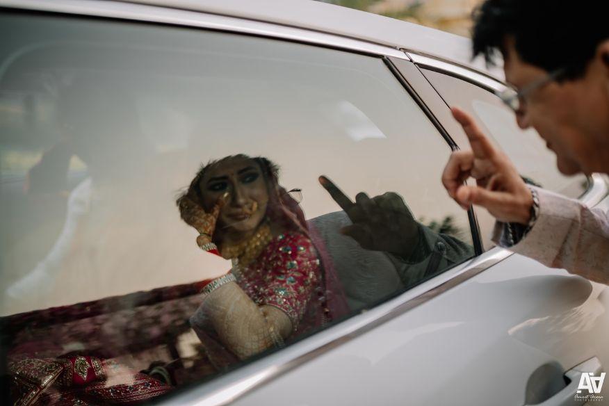 vidai ceremony | emotional indian bride