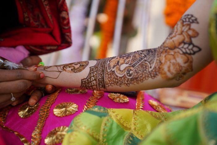 indian bridal mehendi | mehendi ceremony