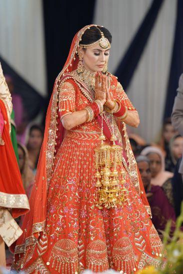indian bridal lehenga | kaleeren |