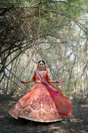 twirling bride | indian wedding photography | Surprise Proposal