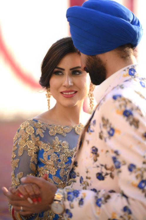 candid capture | indian bride | Surprise Proposal