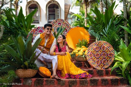 mehendi day outfit | colourful setting