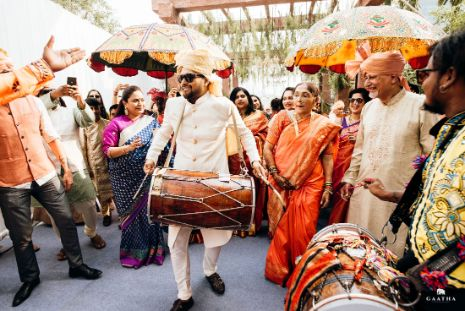 groom dashing entry ideas | eco friendly wedding