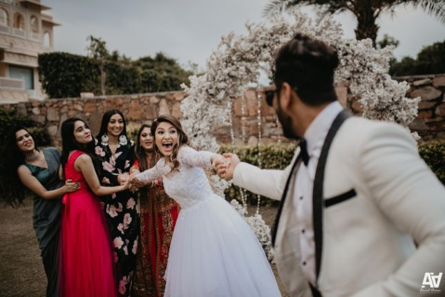 pull the bride game | indian weddings