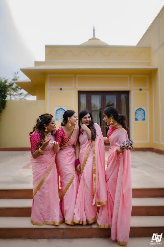 bridesmaids | saree | bridesmiads outfits | Fab Matching Outfit Ideas