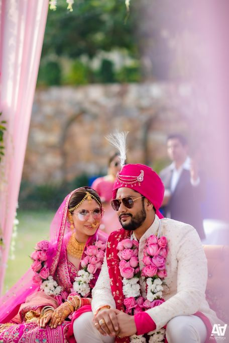 couple photography | indian wedding | Fab Matching Outfit Ideas