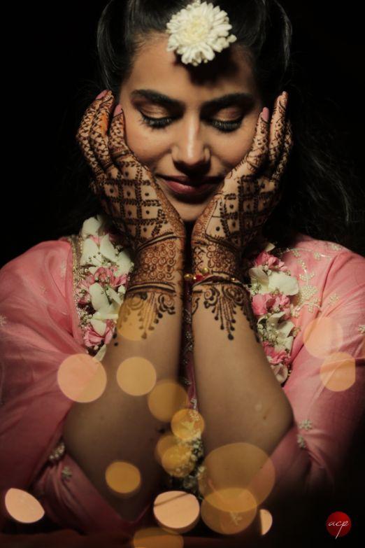 mehendi photoshoot | Modern Customised Lehenga Embroidery
