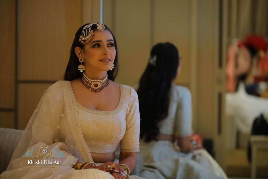 stunning jewellery for the bride