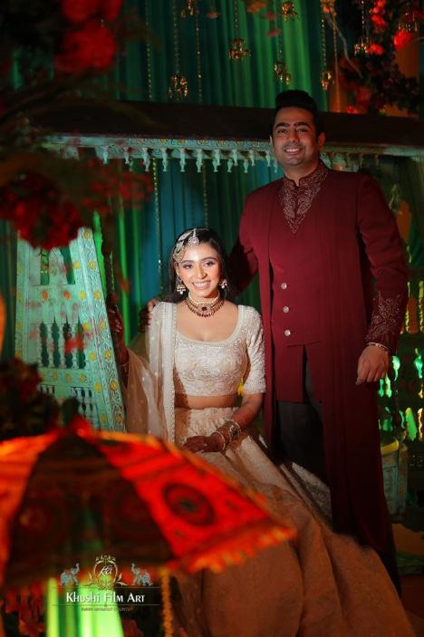 indian couple portrait ideas
