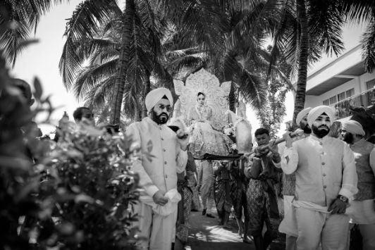 black and white photography | indian wedding | Beach Wedding in Hua Hin