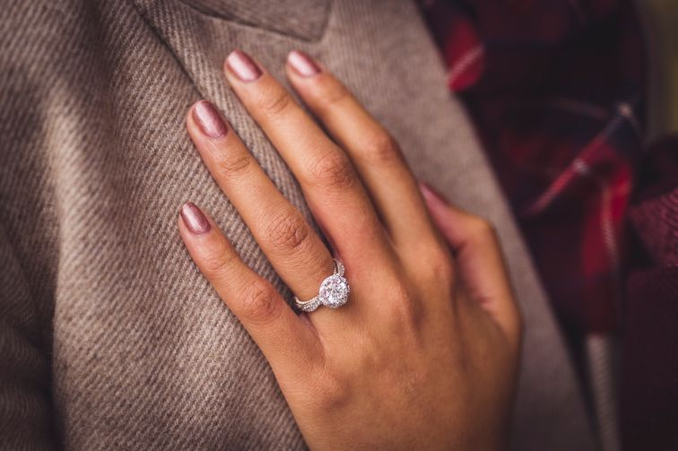 diamond ring | happily engaged | Cutest Surprise Proposal Ideas