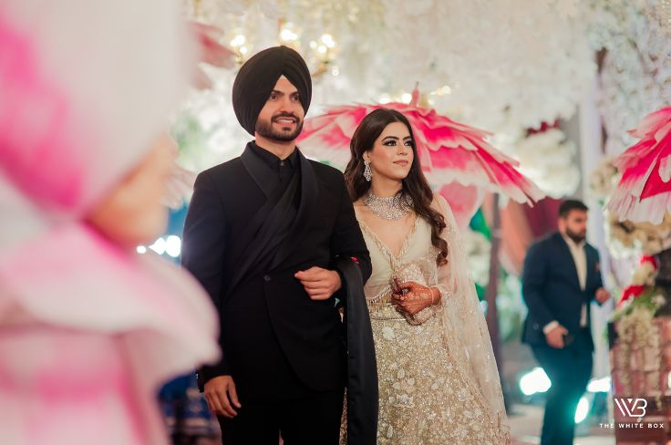 stunning manish malhotra outfit for the bride