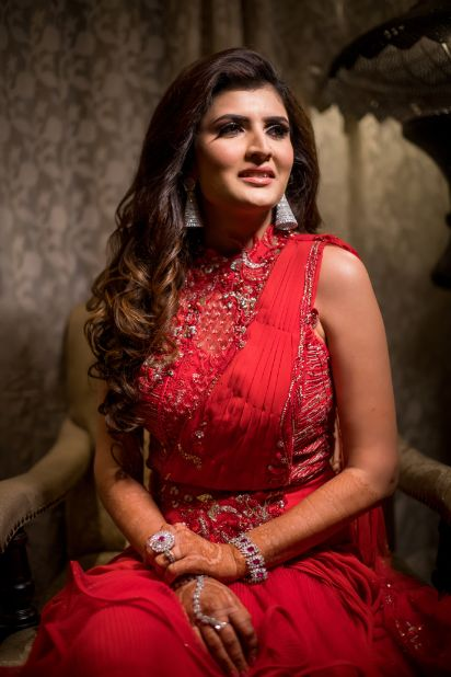 indian bridal hairstyle ideas for a sangeet night