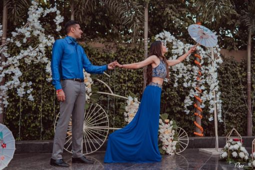 bride and groom photoshoot | indian wedding | floral decor