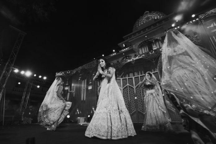 brides dance performance | Destination Wedding in Udaipur