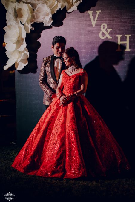 stinning red ball gown for the bride