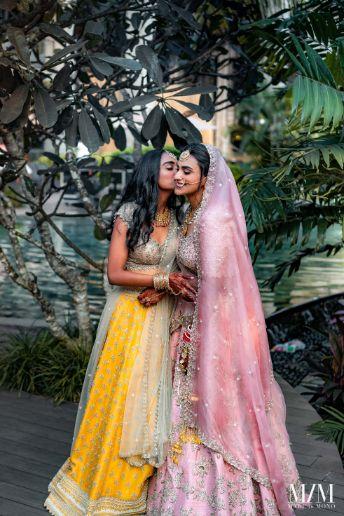 candid photos from Indian wedding |Beach Wedding in Sri Lanka