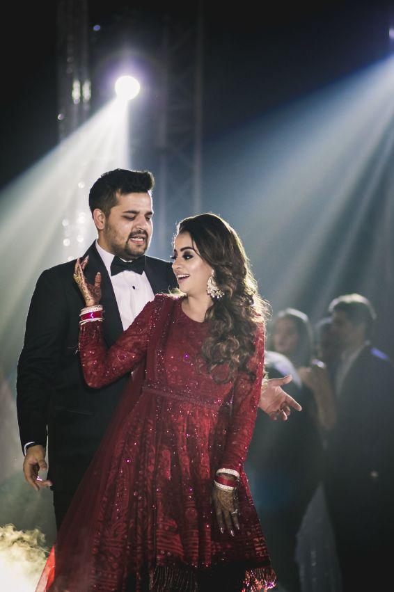 couple fdance | reception | indian weddings | Beach Wedding in Hua Hin