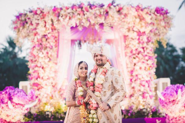indian couple photography | decor goals | indian weddings | Beach Wedding in Hua Hin