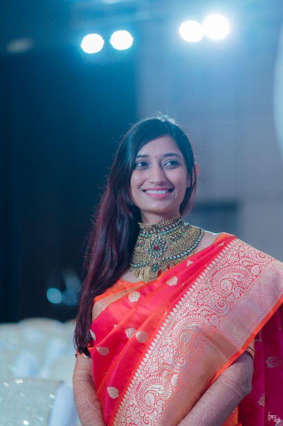 Indian Bridal Portrait | indian bride in red saree | indian couple | indian bride in red saree Designer wedding Lehenga Modern design | mehendi function | henna designs | 2020 weddings |
