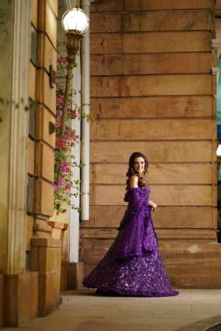 indian bridal photo shoot poses