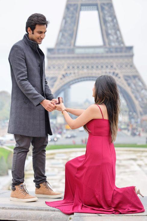 proposal in Paril | romantic couple