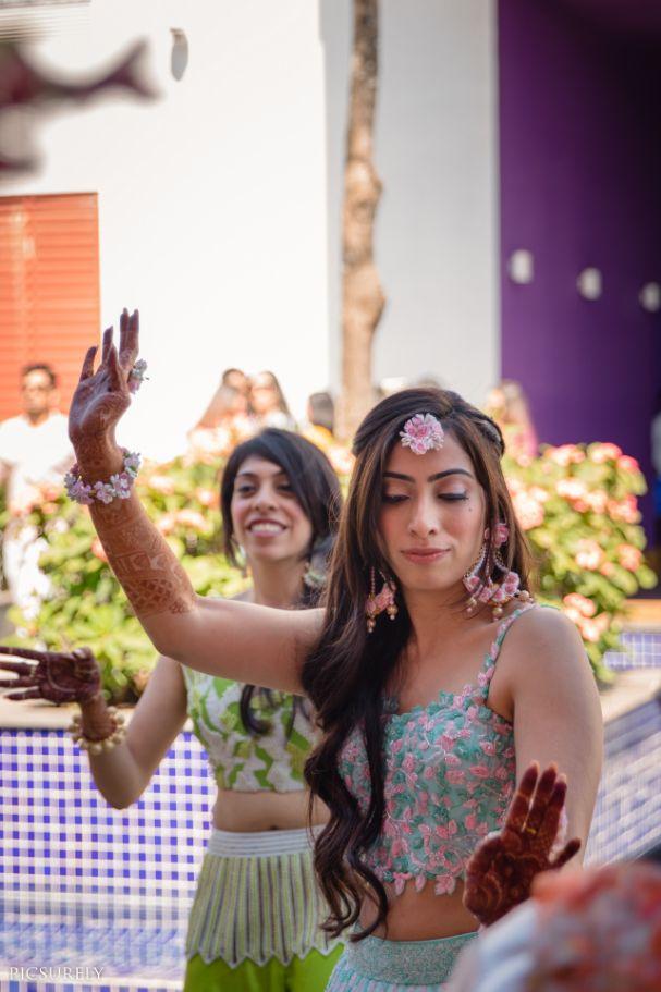 indian wedding , india bride , wittyvows , weddings , goa wedding , destination wedding | wedding in Goa | beachside mandap | mehndi look ,mehndi