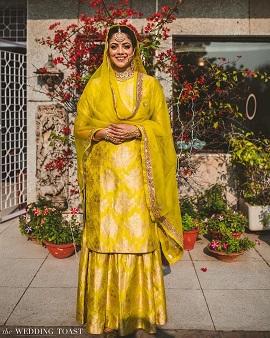 Minimal bridal look | Yellow dress | Wedding outfits