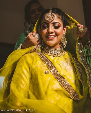 Indian bride | Bridal look | wedding dress | yellow sharara | Benarasi