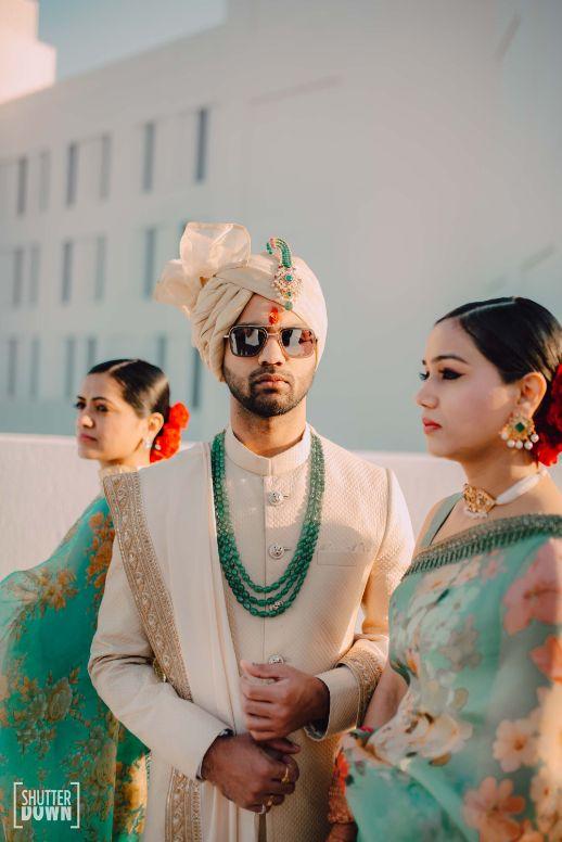 groom getting ready photos   v