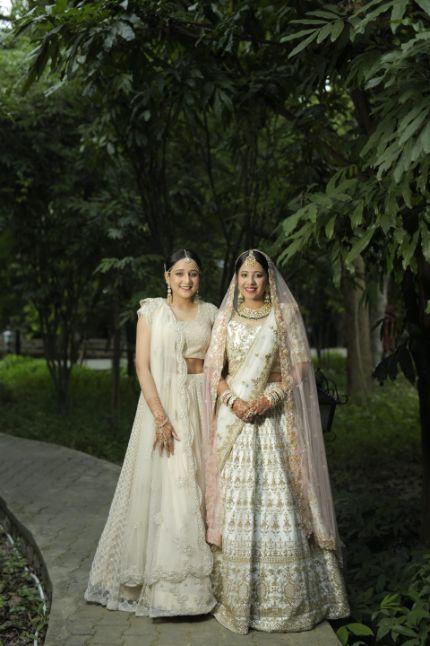 sister of the bride  | Intimate Wedding in Jim Corbett