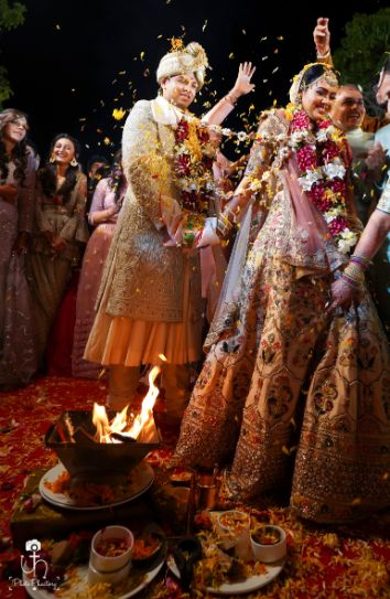 mandap photography idea | indian wedding rituals | wedding ceremonies | Beach Wedding in Alibaugh