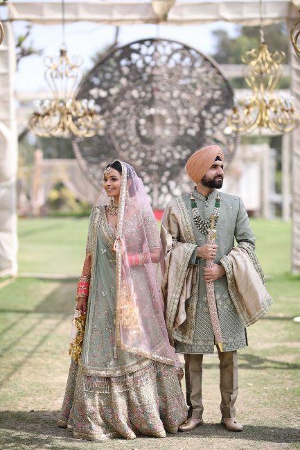 indian bridal wear , indian wedding , pastel wedding , SEO - cross culture wedding  | couple outfits | bridal jewellery