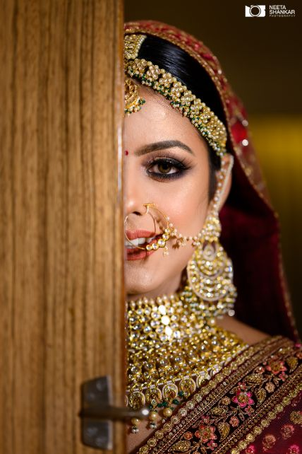 bridal portrait | indian bridal photography | Sabyasachi Lehenga in Maroon