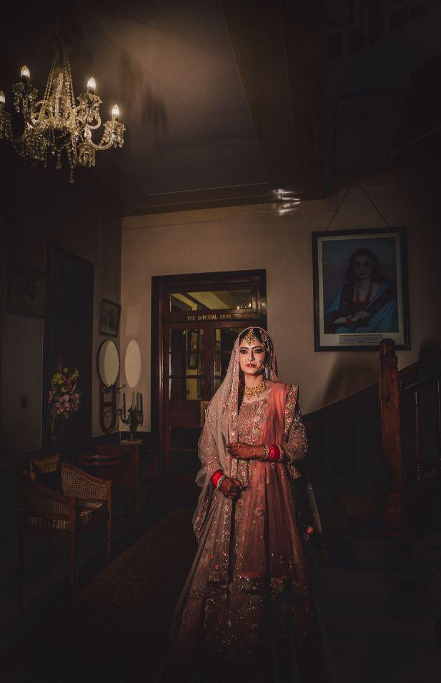 poseas for indian brides | indian wedding photoshoot ideas |