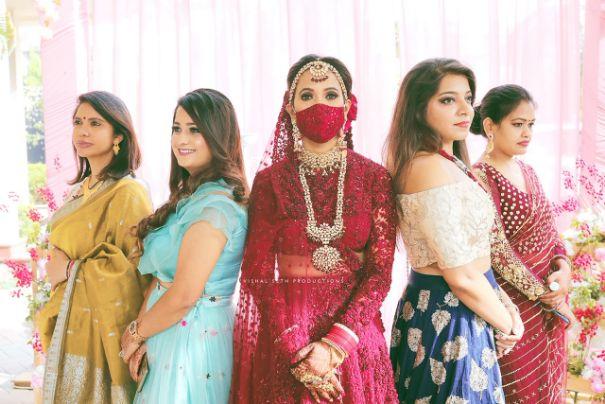 indian wedding , indian bride , red lheenga , sabyasachi lehenga , quarantine wedding | bridal mask | wedding outfits