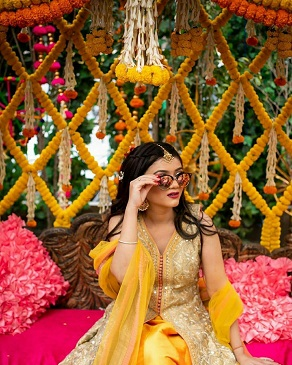 Marigold jaal for backdrop | Mehendi décor ideas