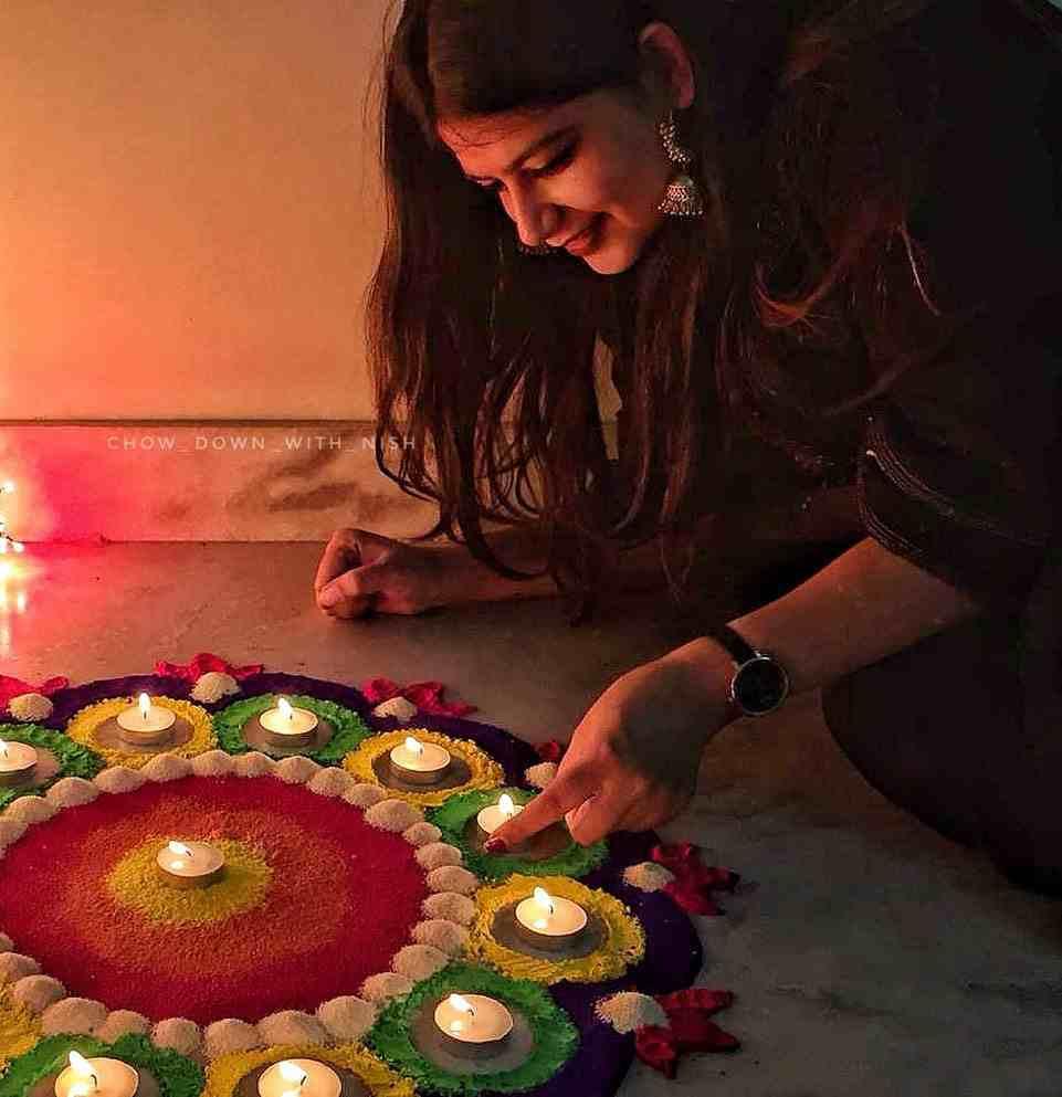 Diwali rangoli   Diwali poses   Diwali shoot ideas