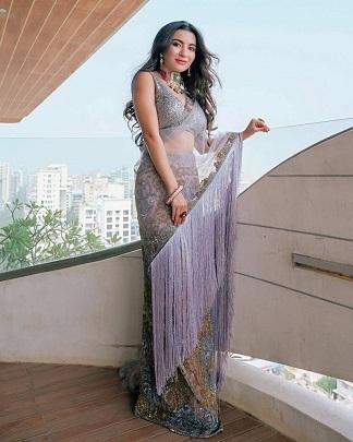 Saree looks | Indian fashion bloggres |