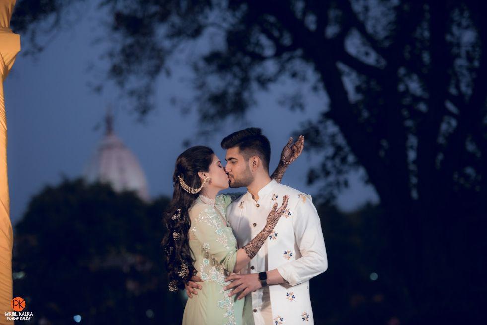 indian wedding , indian couple , wedding blog , bridal hair accessories | day wedding look | Mathapatti
