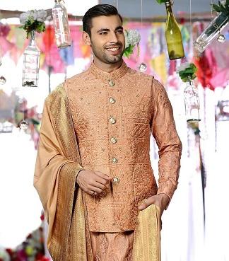 Orange Sherwani for grooms | Indian wedding outfits