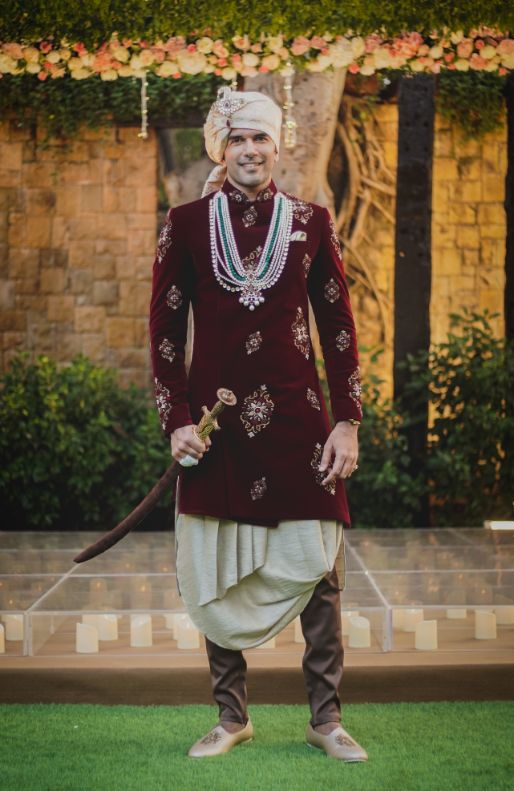 indian groom , indian wedding , bridal outfit , bollywood wedding ,Celebrity wedding . Grand wedding.