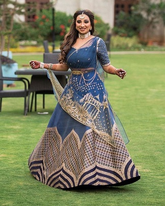 Blue and gold | Indian bride |
